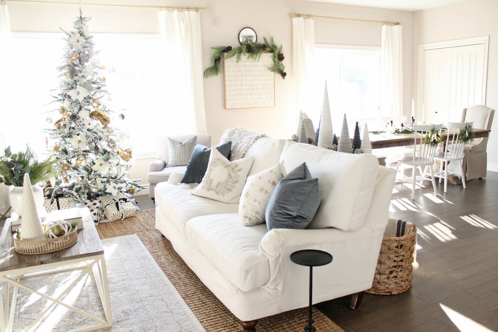 Meaningful Holiday Home Tour: Christmas House Tour 2018